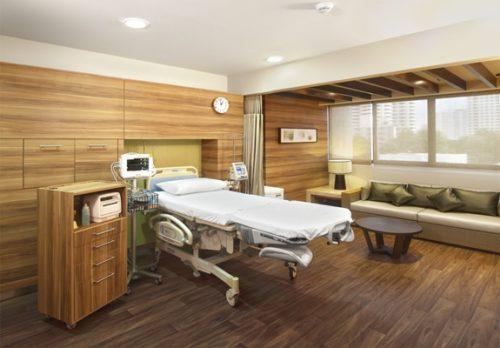 バムルンラード病院の分娩室。