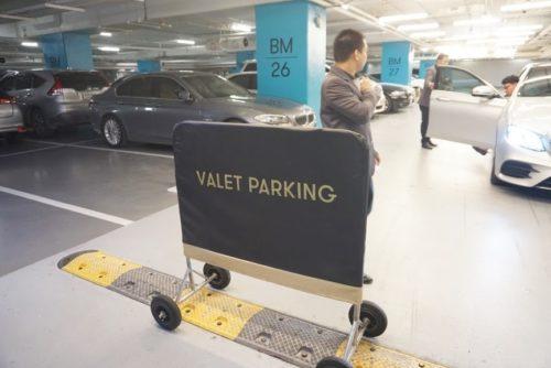 VALTE駐車場。