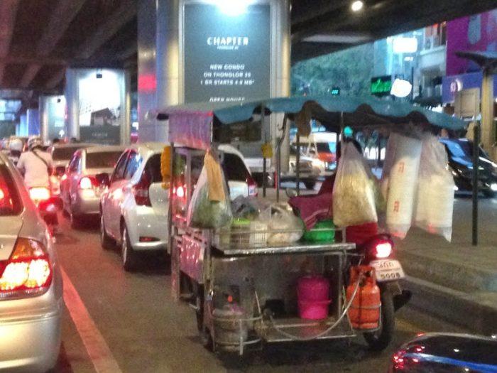 バンコクの大渋滞。