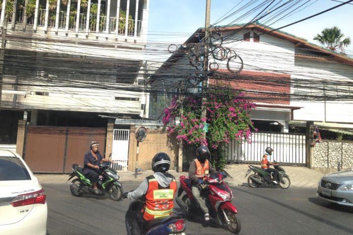 バンコクのバイク。