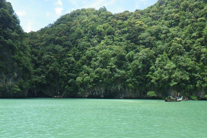 タイのクラビ「ピピ・レイ島」。